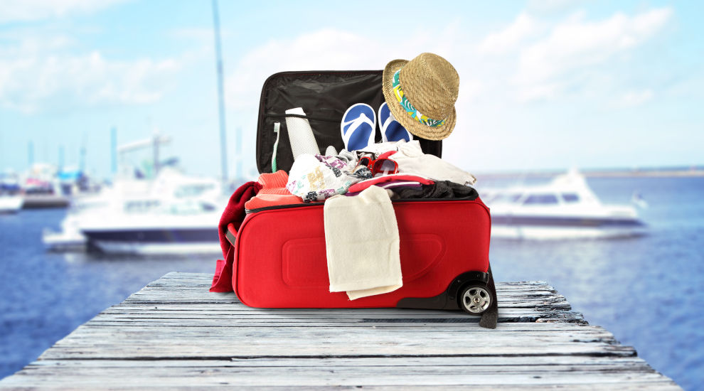 split-sailing-region-packing-angelina-yachtcharter.jpg