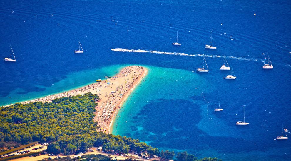 split-sailing-region-zlatni-rat-brac-angelina-yachtcharter.jpg