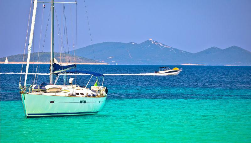 Day 3: Dugi Otok - Island Molat (Brgulje bay) / Dugi Otok (Pantera bay)