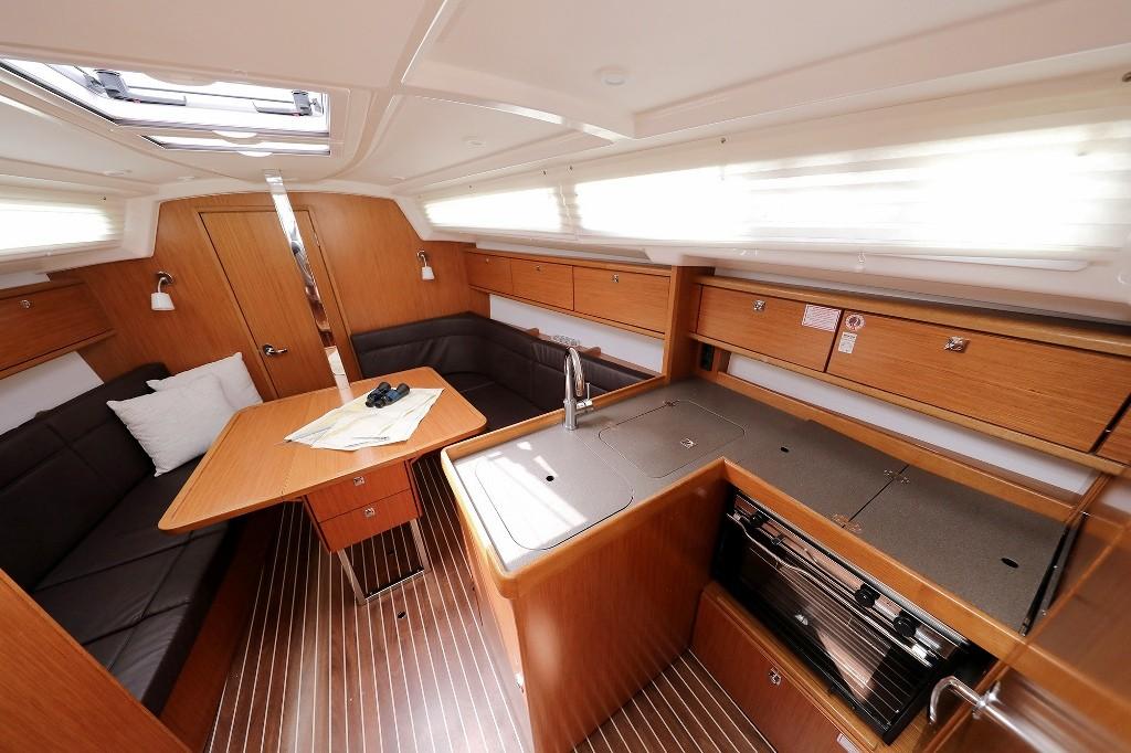 Bavaria Cruiser 34, FEELING GOOD