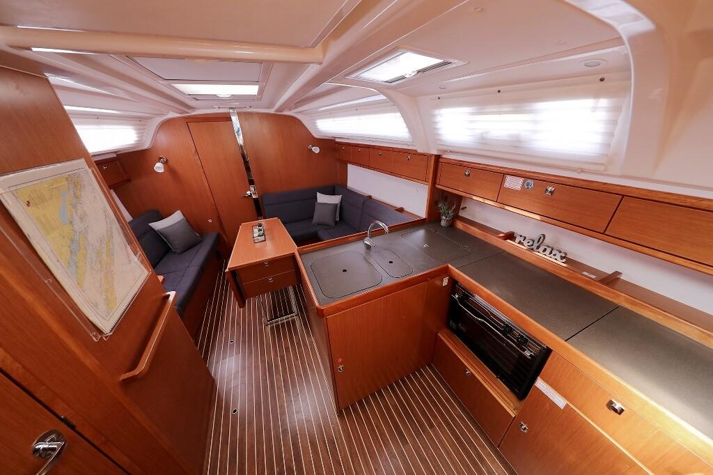 Bavaria Cruiser 37, JAZZ BAND