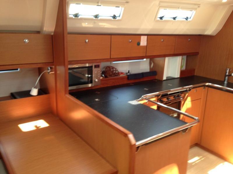 Bavaria Cruiser 50, SIEGAL