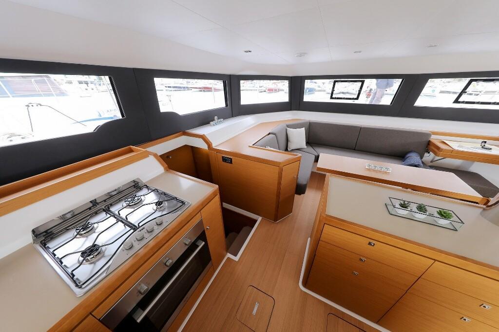 Dufour 48 Catamaran, BE MINE